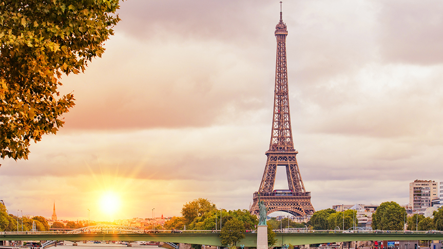 Places to visit in Paris.jpg
